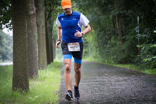 Staffel-Läufer 2 der 100 Meilen von Berlin