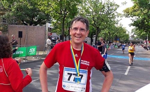 Läufer mit Medaille