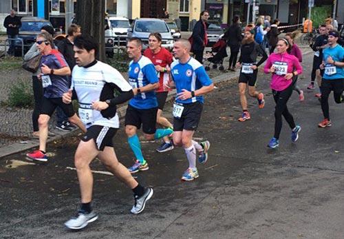 startblog-f-Läufer beim Great 10k Berlin 2017