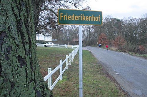 Ortsschild Friederikenhof