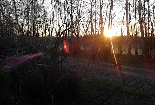 Sonnenaufgang auf dem Berliner Mauerweg