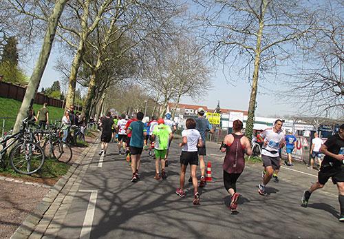 Auf den letzten Kilometern des Halbmarathons