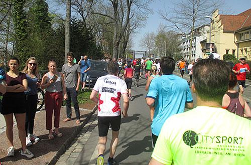 Läufer auf dem letzten Kilometer