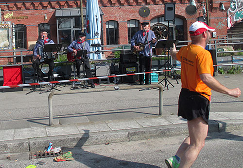 Band im Friesenlook