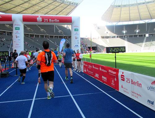 Zieleinlauf beim S25 Berlin im Olympiastadion