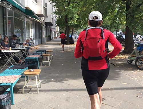 Zuschauer-Läufer auf dem Weg zum Tauentzien