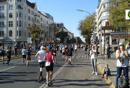 Great 10k Läufer bei km7 auf der Kantstraße