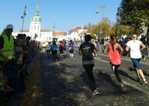 Kurz vor dem Zieleinlauf am Schloss Charlottenburg