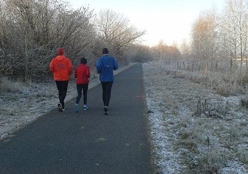 Läufer auf dem Mauerweg in Buckow