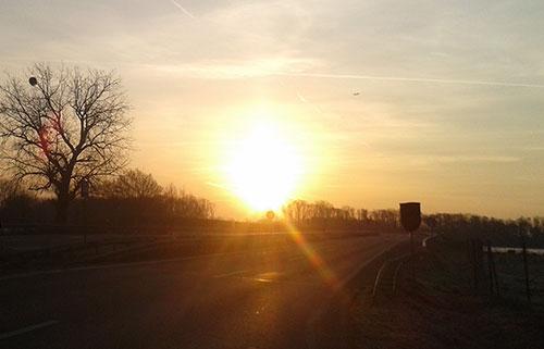 Sonnenaufgang an der L76