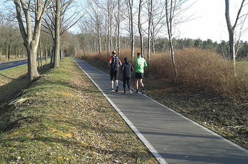 Läufer auf der Birkholzer Straße