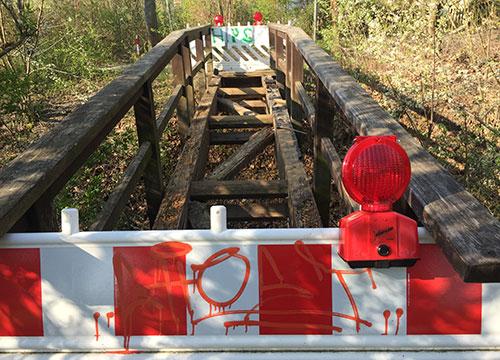 Marode Holzbrücke