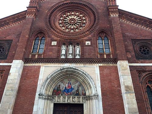 Kirchenportal der Chiesa di San Marco