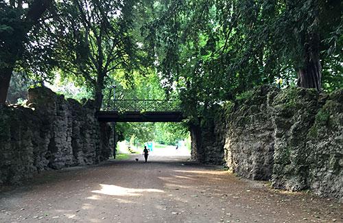 Brücke im Park Giardini Pubblici Indro Montanelli
