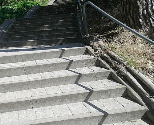 Steintreppe wieder hinauf