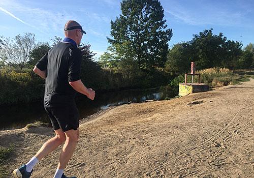 Läufer am Rudower Fließ