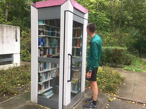 Telefonzelle als Bücherei