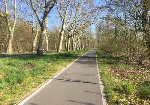 Laufen auf dem Weg an der Birkholzer Straße