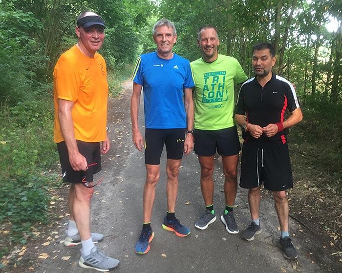 Zufälliges Läufertreffen – Gruppenfoto