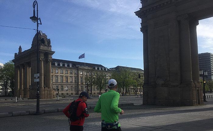 Läufer am Charlottenburger Tor
