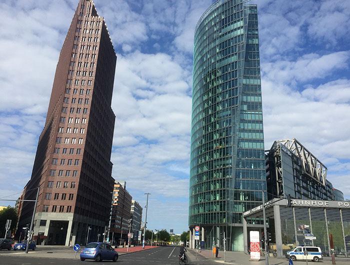 Blick auf die Hochhäuser am Potsdamer Platz