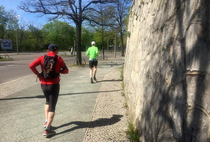 Läufer auf der Jesse-Owens-Allee
