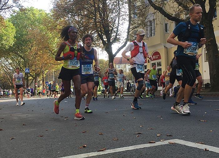 Teilnehmer:innen des Berlin-Marathons